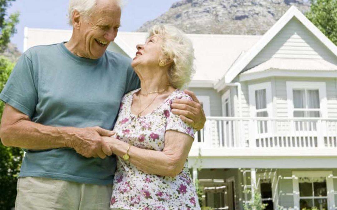 ดูแลผู้สูงอายุที่บ้าน ด้วยการเตรียมพื้นที่ภายนอกบ้านอย่างไรๆ ให้เหมาะกับผู้สูงอายุ